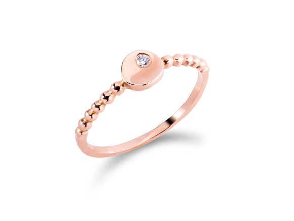 Ring - subtle diamond in white or rose gold